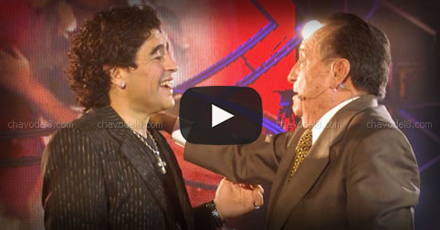 Video: Maradona con Chespirito (Noche del 10)